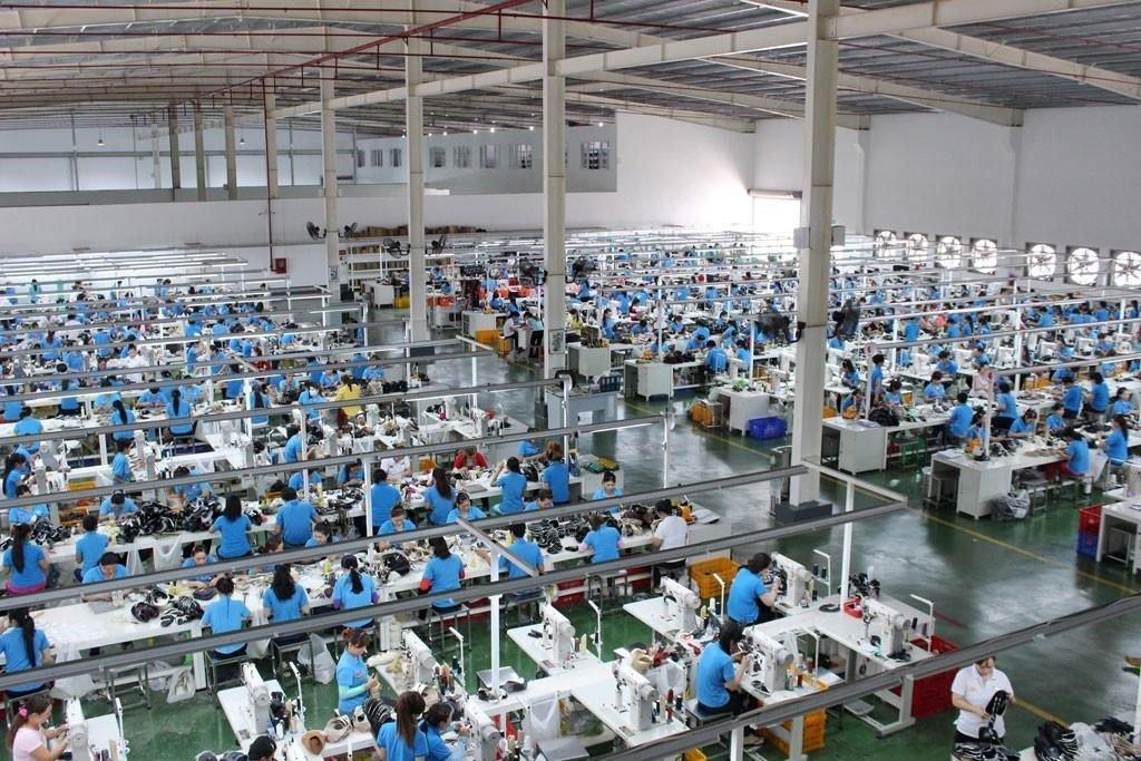 quản lý nhân sự ngành sản xuất giày