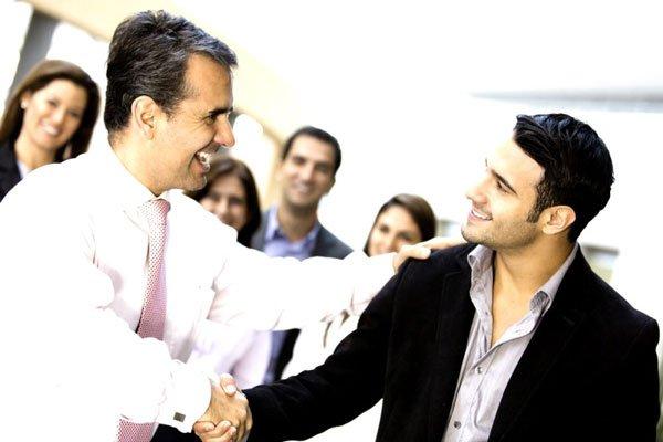 Các tiêu chí đánh giá hoàn thành công việc của nhân viên
