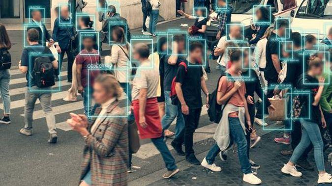nhận diện khuôn mặt bằng camera